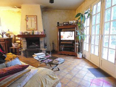 Maison à vendre 3 chambres + bureau sur sous sol