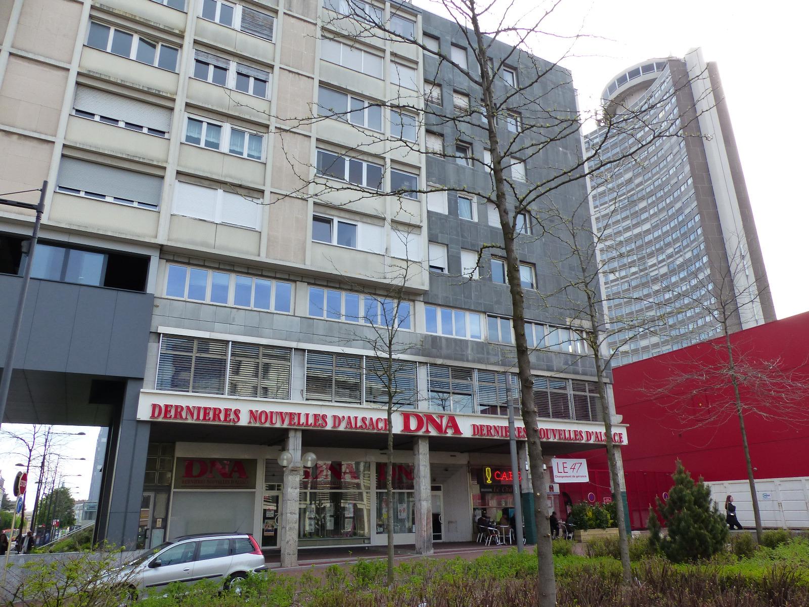 Bureaux mulhouse local commercial bureaux 200m sous for Porte jeune mulhouse