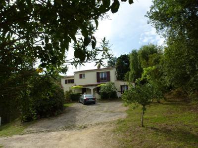Maison 8 pièce(s)  de 180 m² env. Agence du sacré coeur, Corse du sud, immobilier Ajaccio