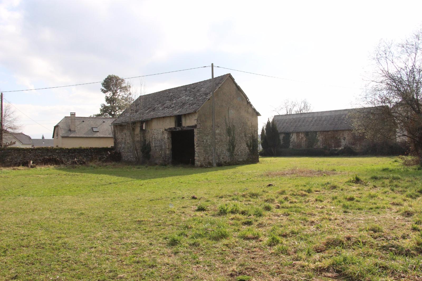 Secteur espoey vente grange am nager en habitation for Vente habitation