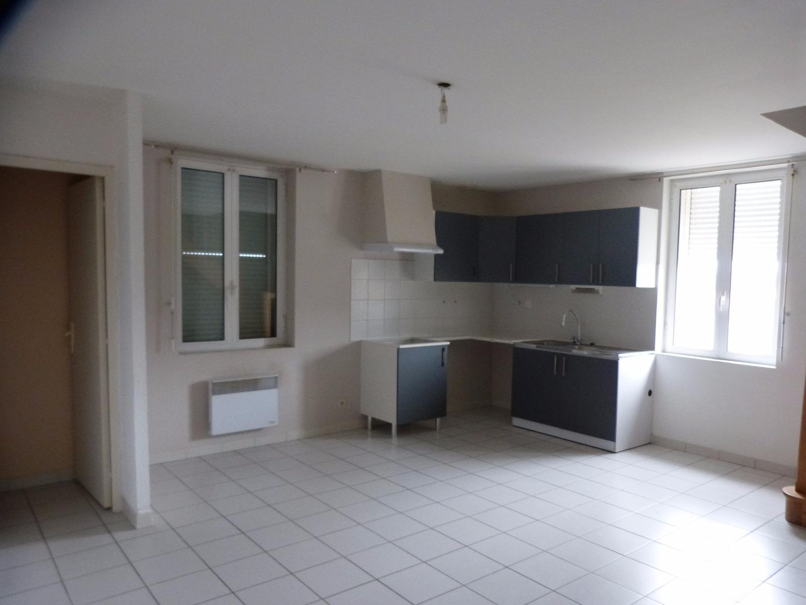 Nay Location Appartement De Type 3 En Duplex