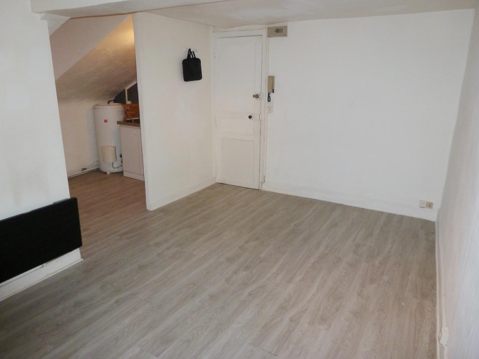 Exclusivit pau hyper centre a vendre studio lou - Vendre appartement loue ...