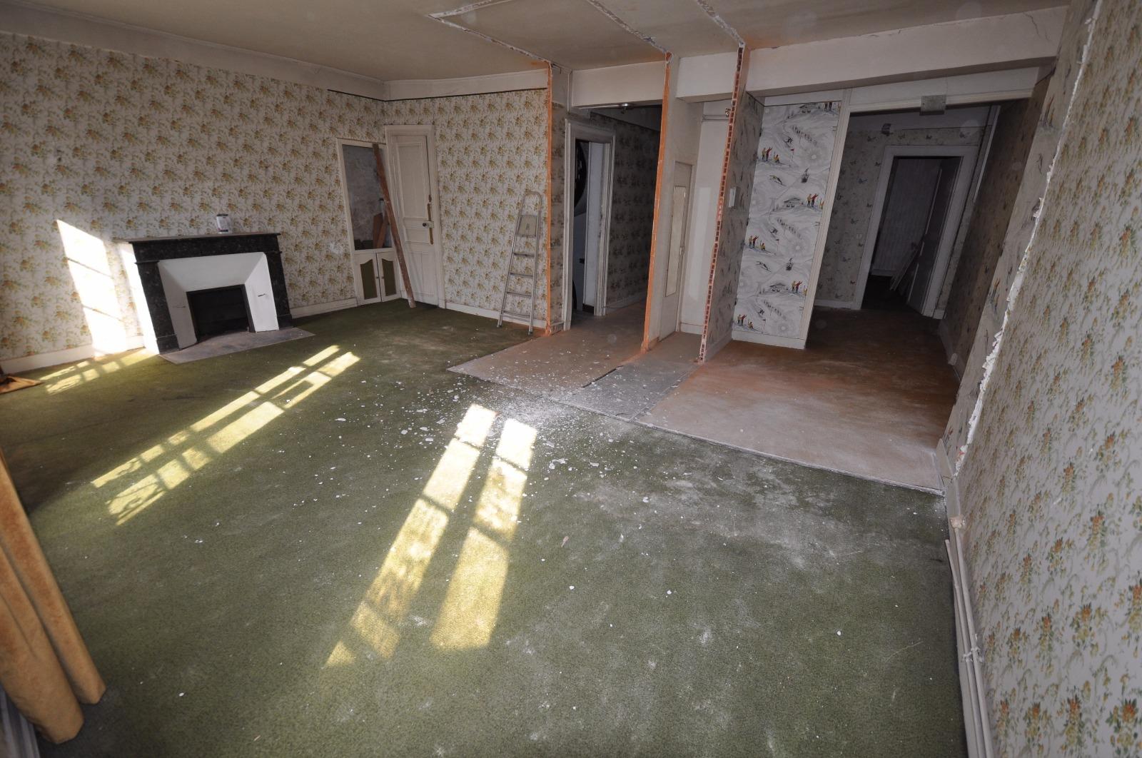 exclusivit pau centre belle opportunit avec cet appartement de 87 m r nover. Black Bedroom Furniture Sets. Home Design Ideas