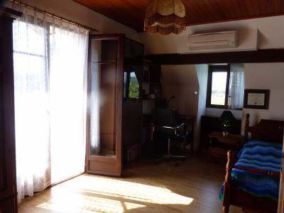 Vue: NAY - Vente Maison 4 chambres avec piscine, NAY - Vente maison de type T5 style néo béarnaise vue Pyrénées avec Piscine