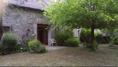 Proche NAY - Vente Maison ancienne avec 3 chambres  + grange attenante rénovée