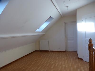 Vue: BORDES - Location Maison 4 chambres, BORDES - Location Maison récente 4 chambres avec garage