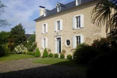 Proche PAU - Vente Magnifique Maison de Maître avec sa Dépendance Agence immobilière Libre-Immo, Pyrénées-Atlantiques, à Nay et Pau