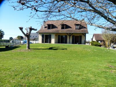 Entre Nay et Bordes - Vente Néo-béarnaise de 4 chambres sur sous sol complet Agence immobilière Libre-Immo, Pyrénées-Atlantiques, à Nay et Pau