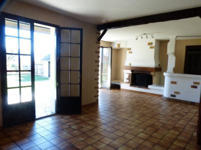 Vue: Entre NAY et BORDES - Vente Maison 4 chambres avec sous-sol, Entre Nay et Bordes - Vente Néo-béarnaise de 4 chambres sur sous sol complet