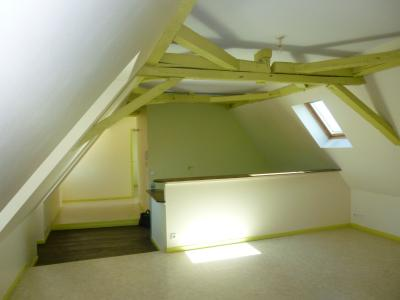 Vue: NAY - Vente Appartement de type 2, NAY - Vente Appartement T2 avec grande pièce de vie
