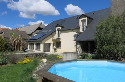 Vue: BORDES - Vente Maison dans grange rénovée + T2 indépendant, BORDES - Vente Magnifique Grange rénovée en 2010 sur 1700 m² -Très Belle Vue Pyrénées plein Sud
