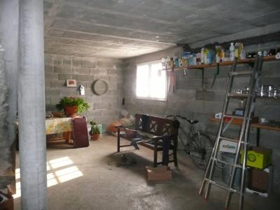 Vue: Proche NAY - Vente Maison 5 chambres et 1 bureau, Proche NAY - Vente Maison 5 chambres - Secteur très calme et beau jardin arboré - Vue Pyrénées