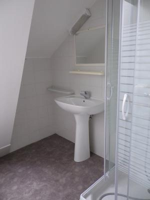 Vue: NAY - Location Appartement T3 en duplex, NAY - Location appartement de type 3 en duplex