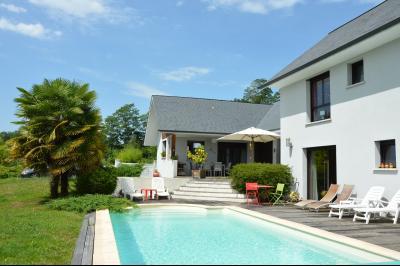 Maison 6 pièce(s)  de 200 m² env. , Agence immobilière Libre-Immo dans la région Pyrénées-Atlantiques à Nay et Pau