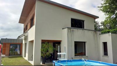 Maison 6 pièce(s)  de 165 m² env. , Agence immobilière Libre-Immo dans la région Pyrénées-Atlantiques à Nay et Pau
