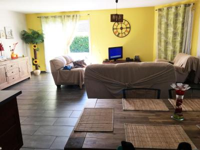Proche NAY - Vente Maison récente avec 4 chambres