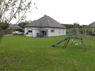 Vue: Proche NAY - Vente Maison 4 chambres, Proche NAY - Vente Maison de plain pied de type 5 avec jardin au calme