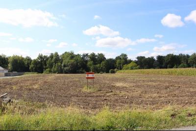 Vue: Entre NAY et PAU - Vente terrain viabilisé, Entre NAY et PAU - Vente terrain de 1 077 m²