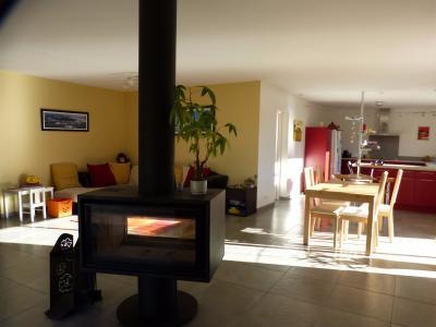 CENTRE NAY - Belle maison récente avec gîte attenant au calme avec vue Pyrénées Agence immobilière Libre-Immo, Pyrénées-Atlantiques, à Nay et Pau