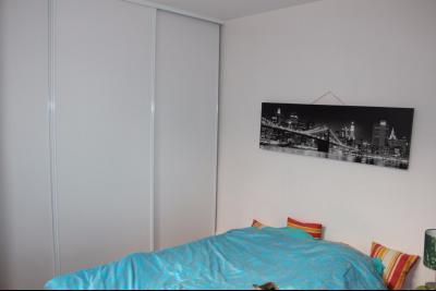 Vue: NAY Centre - Location Appartement de type 4 au 2ème étage, NAY Centre - Location Appartement de Type 4 au 2ème étage avec balcon