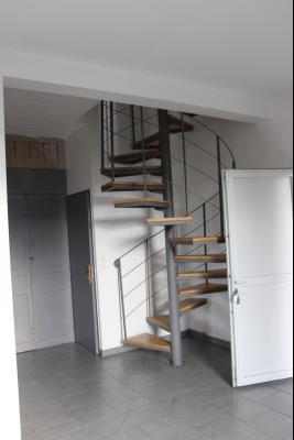 Vue: Proche NAY - Vente en exclusivité Appartement T3 en duplex avec cour, Proche Nay - Vente en exclusivité - Appartement T3 en Duplex avec terrasse - Très calme
