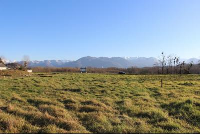 Vue: NAY - Vente Terrain plat et viabilisé avec très belle Vue Pyrénées, NAY - Vente Terrain plat et viabilisé avec très belle Vue Pyrénées