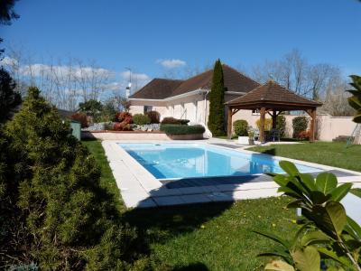 Maison 6 pièce(s)  de 162 m² env. , Agence immobilière Libre-Immo dans la région Pyrénées-Atlantiques à Nay et Pau
