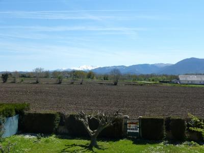 Vue: NAY - Vente Maison 5 chambres avec vue panoramique Pyrénées, NAY - Vente Maison 5 chambres avec vue panoramique Pyrénées