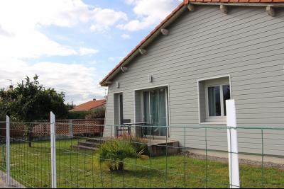 Tout proche NAY - Location Maison de 100 m² complètement rénovée avec jardin clos Agence immobilière Libre-Immo, Pyrénées-Atlantiques, à Nay et Pau