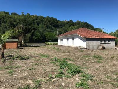 Proche Bordes - Vente Maison Ancienne avec 4 chambres à restaurer - Vie de Plain pied Agence immobilière Libre-Immo, Pyrénées-Atlantiques, à Nay et Pau