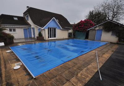 EXCLUSIVITE PROCHE LESCAR, A vendre belle maison avec double garage et piscine! Agence immobilière Libre-Immo, Pyrénées-Atlantiques, à Nay et Pau