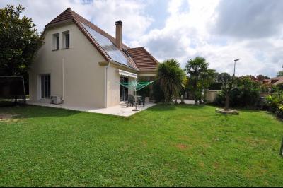 Maison LONS, Agence Immoblière à Nay et Pau, Libre-Immo, Pyrénées-Atlantiques