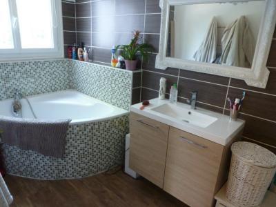 Vue: Salle de bain, PAU ST DOMINIQUE, à vendre appartement T3 + cave