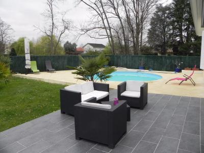 JURANCON, à vendre maison 4 chambres en très bon état, Jardin au calme avec terrasse et piscine Agence immobilière Libre-Immo, Pyrénées-Atlantiques, à Nay et Pau