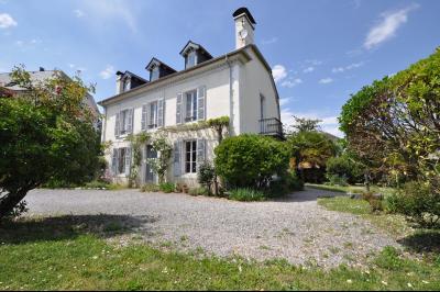Maison 7 pièce(s)  de 257 m² env. , Agence immobilière Libre-Immo dans la région Pyrénées-Atlantiques à Nay et Pau