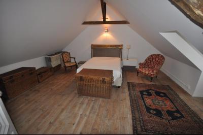 Vue: GELOS-Maison 5 Chambres-Chambre, GELOS, Magnifique maison de 257 m² sur 991 m² de terrain, offrant de très belles prestations