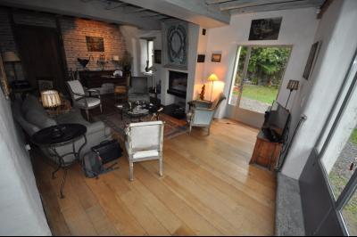Vue: GELOS-Maison 5 Chambres-Séjour, GELOS, Magnifique maison de 257 m² sur 991 m² de terrain, offrant de très belles prestations