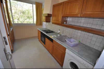 Vue: PAU FAC- T3 bis- , PAU FAC, Appartement T3 bis avec balcon et cave