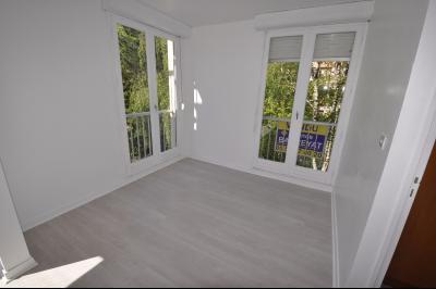 Vue: PAU FAC- T3 bis- Chambre 2, PAU FAC, Appartement T3 bis avec balcon et cave