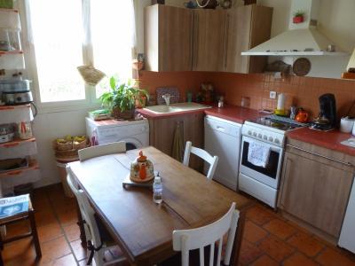 Vue: Jardin, A 15 MINUTES DE MORLAAS, charmante maison 4 chambres