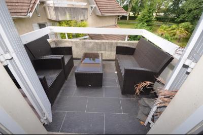 Vue: PAU HIPPODROME-T3 Duplex- Terrasse, PAU Hippodrome, T3 en duplex avec parking et garage