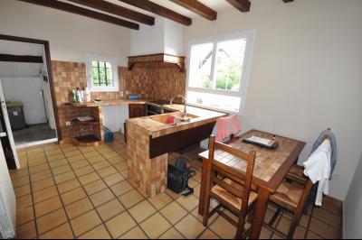 Vue: PAU PÉBOUÉ- Maison 4 chambres-Cuisine, EXCLUSIVITÉ PAU PÉBOUÉ, A VENDRE, spacieuse maison familiale 4 chambres avec grand séjour