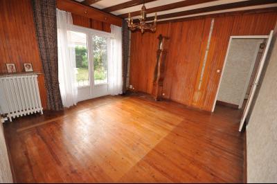 Vue: Exclusivité PAU- maison 3 chambres- Séjour, EXCLUSIVITÉ PAU, A VENDRE, maison avec 3 chambres, de plain-pied, à rénover