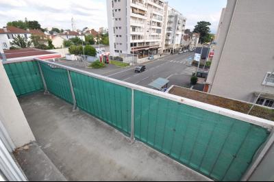 Vue: PAU-A vendre-T3-Balcon, PAU ST JOSEPH, A VENDRE, T3 avec balcon, cave et garage