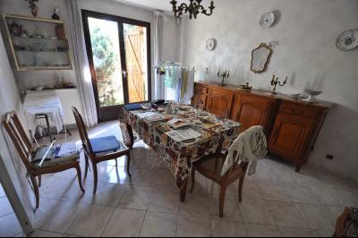 Vue: SERRES CASTET-Maison 4 chambres-Séjour, EXCLUSIVITÉ SERRES CASTET, A VENDRE, Maison de 135 m² avec 4 chambres, de plain pied.