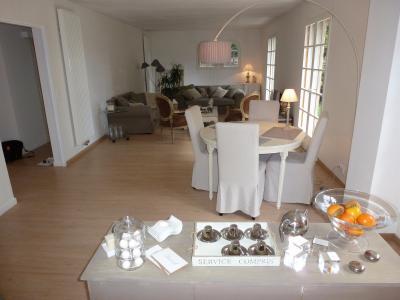 Vue: PAU, A VENDRE, maison 5 pièces, 168 m²-Séjour, EXCLUSIVITÉ PAU PÉBOUÉ, A VENDRE, maison 168 m², jardin avec terrasse