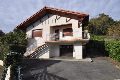 Maison LESCAR, Agence Immoblière à Nay et Pau, Libre-Immo, Pyrénées-Atlantiques