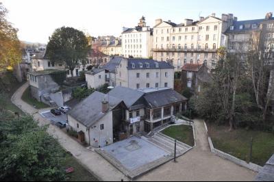 Vue: PAU- Maison 2 chambres-Quartier, PAU CHÂTEAU, A VENDRE, Maison entièrement rénovée, 2 chambres, avec terrasse