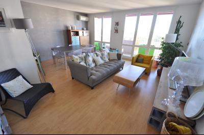 EXCUSIVITÉ PAU, A VENDRE T4 avec balcon et cave Agence immobilière Libre-Immo, Pyrénées-Atlantiques, à Nay et Pau
