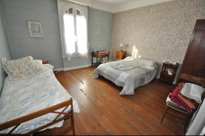 EXCLUSIVITÉ, A VENDRE, Maison de ville avec 4 chambres.